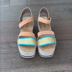Donald Pliner Platform Sandals Wmns Size 8.5